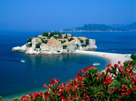(Montenegro) – Visiting pearl of the Mediterranean 1