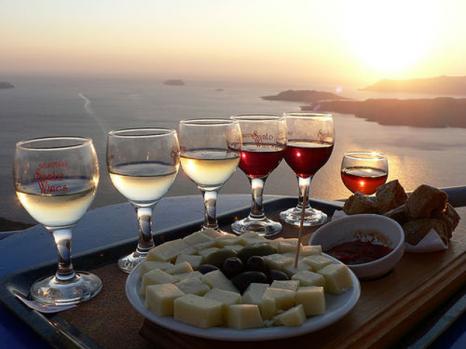вина санторини
