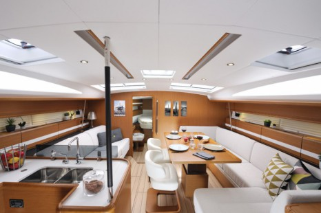 boat-jeanneau-53_interieur_2014020317155827