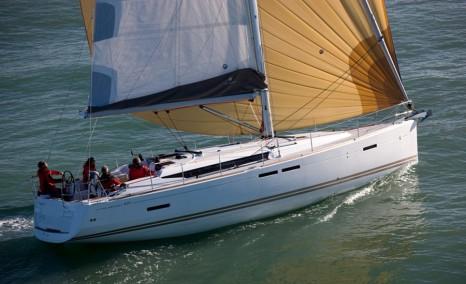 sailing-boat-charter-jeanneau-sun-odyssey-439-06