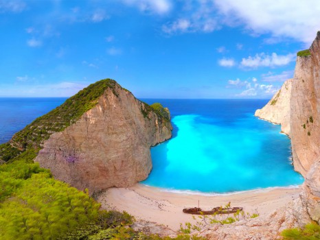 13_Panorama-of-Navagio-beach-with-a-ship-wreck-on-Zakynthos-Greece-2