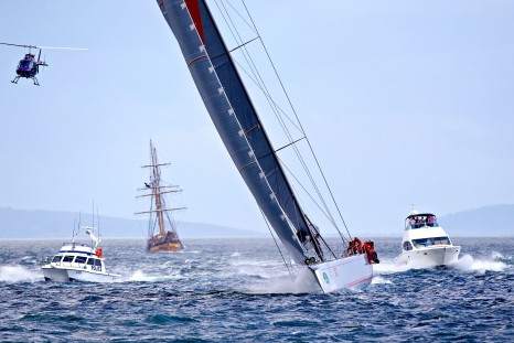 2013 Sydney Hobart Race - Wild Oats Finish