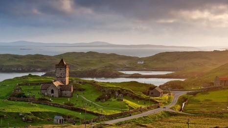 scotland_green_hills_of_scotland_097545_