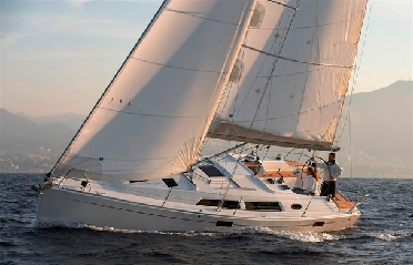 Яхта Hanse 370