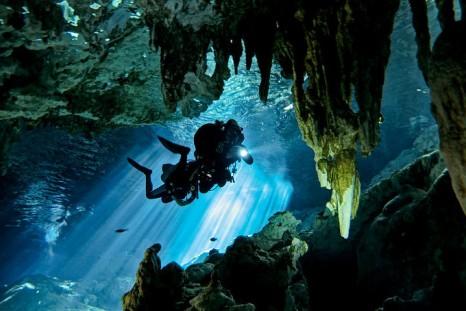 Подводная пещера Dos Ojos