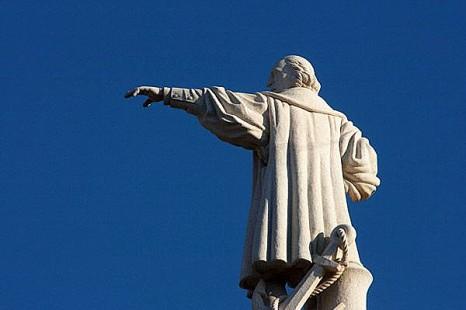 Памятник Колумбу на Гран-Канарии
