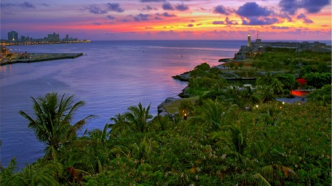 Sunset-Dusk-Landscape-Cuba-720x1280