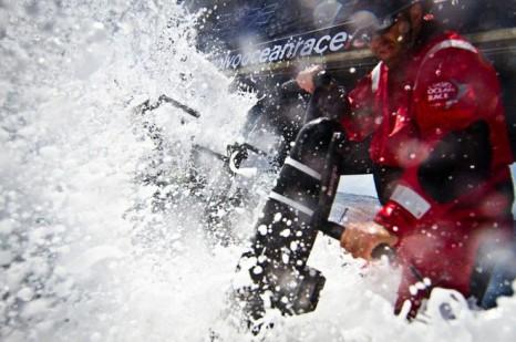 Океанский непром позволяет длительное время находиться в очень суровых условиях