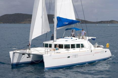 sunsail-lagoon-440-1