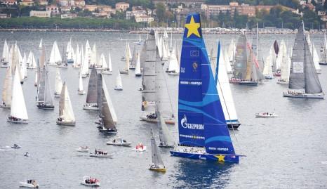 Superyacht-Esimit-Europa-2-at-the-Barcolana-Regatta-2013
