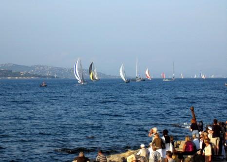St Tropez - Voiliers dans la baie