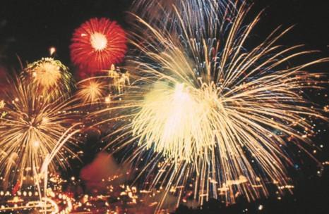 Hero_5_saga_fireworks_B2120016