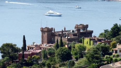 замок Ля Напуль