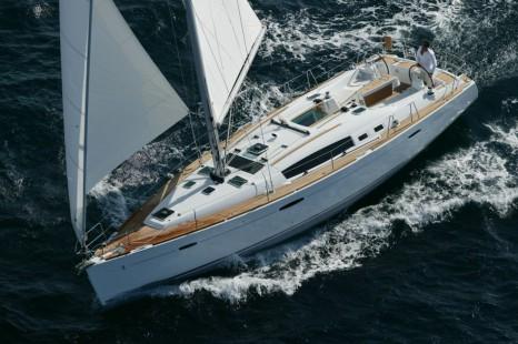 GR_Sailing_Oceanis_43_Family