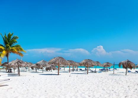 playa-paraiso-beach