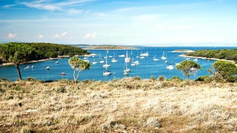 sailing-croatia-portic-bay-kamenjak-1280x720_472x266